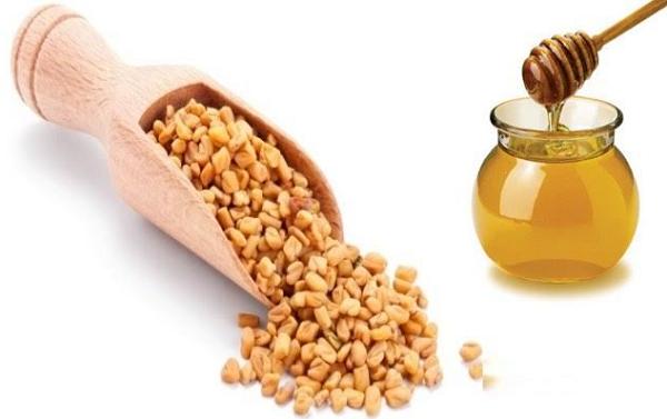 الحلبة بالعسل الاسود
