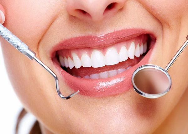 تجربتي مع عدسات الأسنان