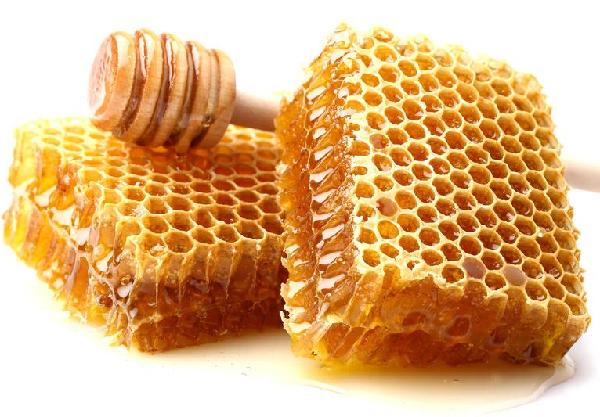 تجربتي مع شمع العسل للبشرة