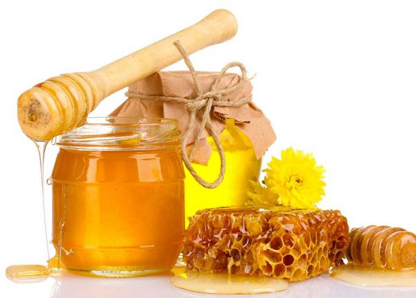 استخدامات شمع العسل و فوائده
