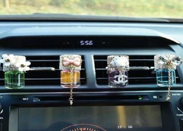 تحذير من وضع العطور في السيارة لهذا السبب الكارثي