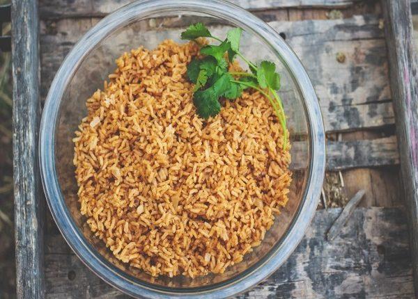 لماذا الأرز الطبق الرئيسي علي السفرة العربية