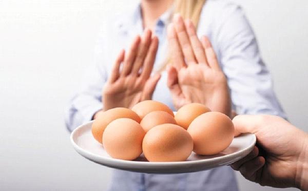 اعراض حساسية البيض المسلوق