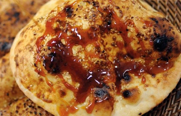 طريقه عمل خبز الخمير الاماراتي بالدبس