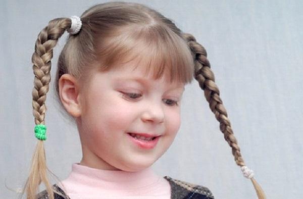 طريقة علاج الشعر الجاف للأطفال