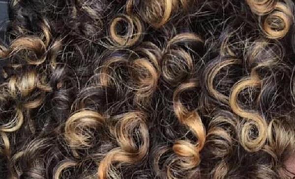 علاج الشعر الجاف والمجعد
