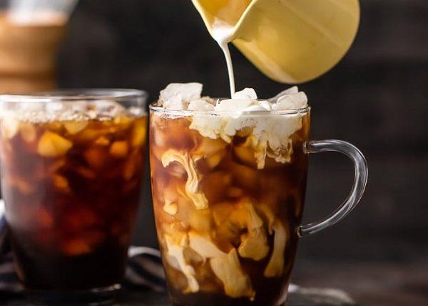 طريقة عمل قهوة مثلجة بالفانيليا