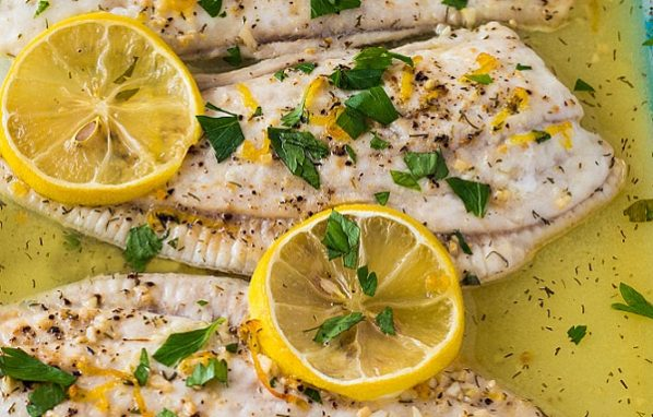 السمك البلطى بالزيت والليمون
