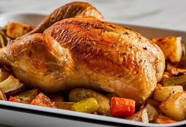 طريقة عمل الدجاج المشوي مع الخضار بالفرن