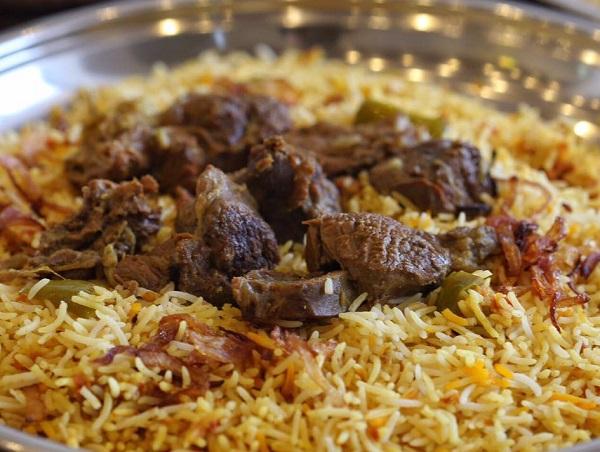 أرز بخاري بالدجاج بالتفصيل