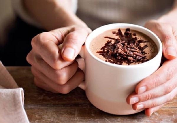 طريقة عمل الكاكاو بالحليب السائل