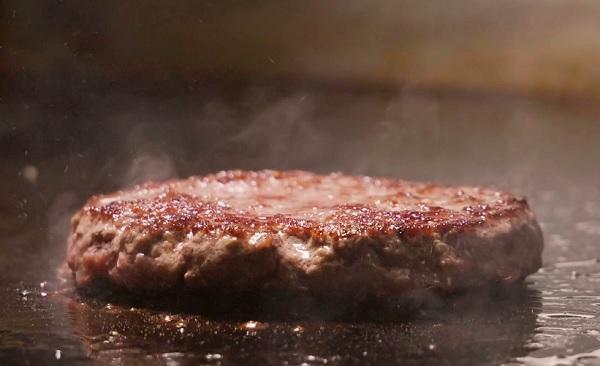 طريقة عمل لحم البرجر في المنزل