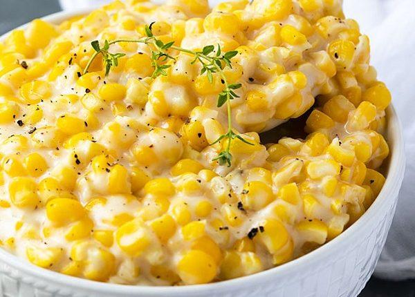 سلطة الذرة بالجبنة