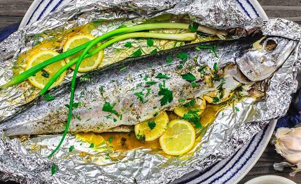 السمك الماكريل المشوى فى الفرن