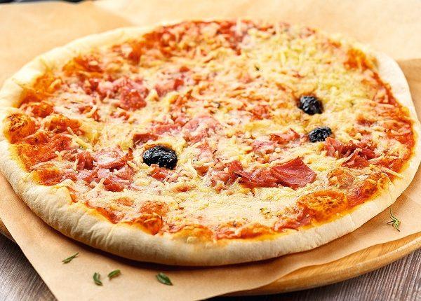 البيتزا بدون فرن في المقلاة