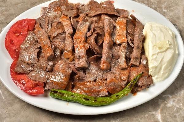 الاسكندر التركي باللحم