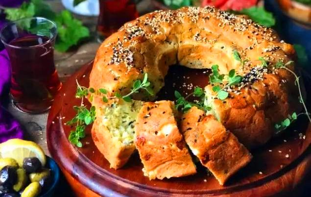 كيكة مالحة بالجبن والزعتر