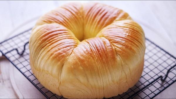 خبز لفة الصوف