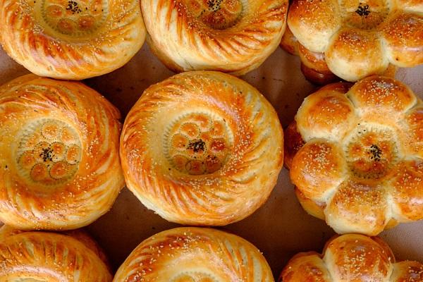 الخبز الأوزبكي